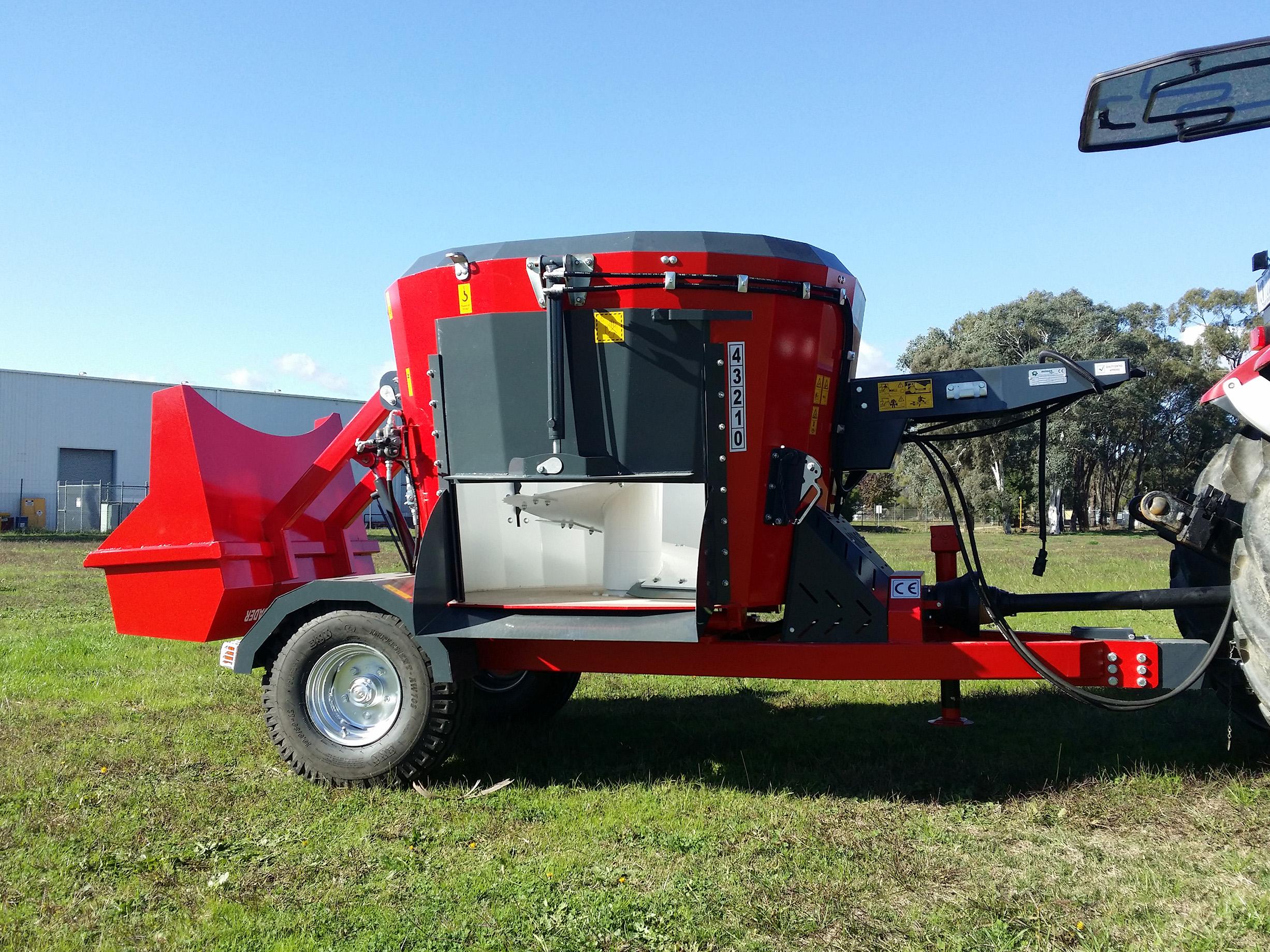 Minos Agri TDYKM-2 0 Vertical Feed Mixer | Farmtech Machinery